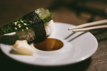 24746725-sashimi-sushi-roll-with-avocado-on-ceramic-plate-with- Stock Photo or Stock Video of rcfotostock | RC-Photo-Stock
