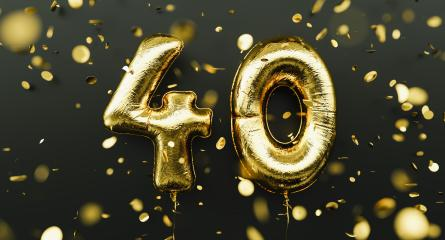 40 years old. Gold balloons number 40th anniversary, happy birthday congratulations, with falling confetti- Stock Photo or Stock Video of rcfotostock | RC-Photo-Stock