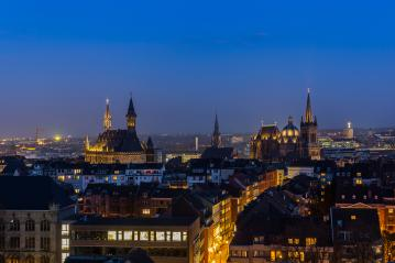aachen cathedral (Aachener Dom) and town hall at night- Stock Photo or Stock Video of rcfotostock | RC-Photo-Stock