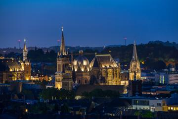 Aachen cathedral (Aachener Dom) at night- Stock Photo or Stock Video of rcfotostock | RC-Photo-Stock