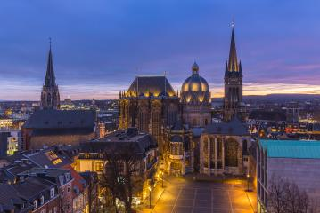 Aachen Cathedral night at sunset- Stock Photo or Stock Video of rcfotostock | RC-Photo-Stock
