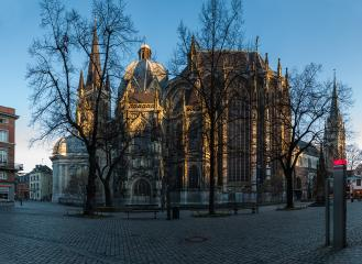 aachen cathedral with minster place in morning  : Stock Photo or Stock Video Download rcfotostock photos, images and assets rcfotostock | RC-Photo-Stock.: