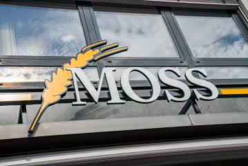 AACHEN, GERMANY JULY 2019:  Moss bakery Store Logo. Headquartered in Aachen, Moss is a bakery company since 1925, with bakeries and bakery cafes in and around Aachen.- Stock Photo or Stock Video of rcfotostock | RC-Photo-Stock