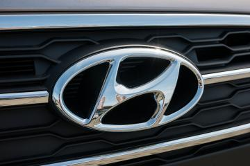AACHEN, GERMANY MARCH, 2017: Hyundai logo on a car grilll. Hyundai Motor Company is a South Korean multinational automotive manufacturer founded at 1967. : Stock Photo or Stock Video Download rcfotostock photos, images and assets rcfotostock | RC-Photo-Stock.:
