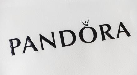 AACHEN, GERMANY OCTOBER, 2017: Logo of a Pandora on a bag. Pandora is a company founded at 1982 that designs manufactures and markets jewelry.- Stock Photo or Stock Video of rcfotostock | RC-Photo-Stock