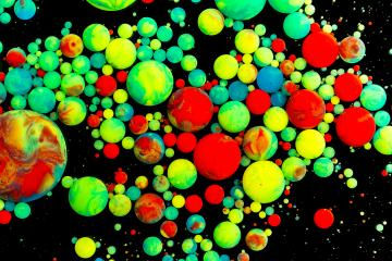 Abstract background, green and red oil droplets- Stock Photo or Stock Video of rcfotostock | RC-Photo-Stock