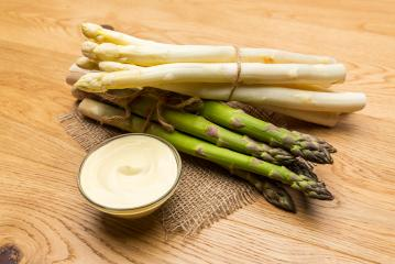 Asparagus spears varieties with sauce hollandaise - Stock Photo or Stock Video of rcfotostock | RC-Photo-Stock