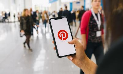 BERLIN, GERMANY AUGUST 2019: Woman hand holding iphone Xs with Pinterest apps login on screen. Pinterest is an online pinboard that allows people to pin their interesting things.- Stock Photo or Stock Video of rcfotostock | RC-Photo-Stock