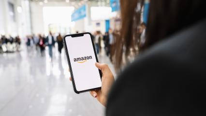 BERLIN, GERMANY JANUARY 2020:  iPhone Xs showing Amazon logo shopping online. Amazon.com, Inc. American international electronic commerce company. : Stock Photo or Stock Video Download rcfotostock photos, images and assets rcfotostock | RC-Photo-Stock.: