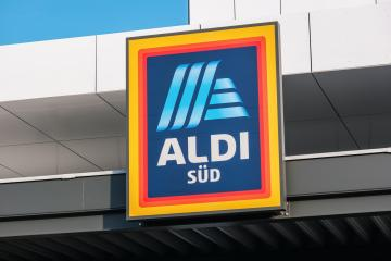 BERLIN, GERMANY JULY 2019: ALDI sign at the entrance to an store in Germany - Aldi is is a global discount supermarket chain based in Germany.- Stock Photo or Stock Video of rcfotostock | RC-Photo-Stock