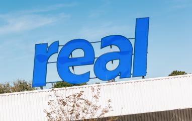 BERLIN, GERMANY JULY 2019: Real Logo from Real supermarket. Real is a retail chain of the Metro Group, which operates several hundred supermarkets through the Real Group Holding GmbH in Germany.- Stock Photo or Stock Video of rcfotostock | RC-Photo-Stock