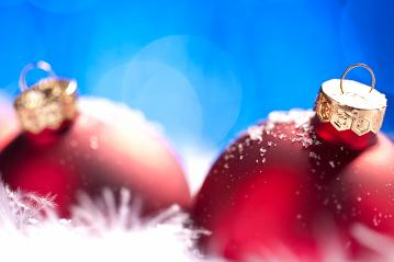 Christmas background. christmas balls with copyspace and snow- Stock Photo or Stock Video of rcfotostock | RC-Photo-Stock