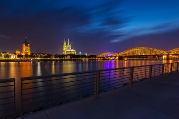 Cologne at night on the Deutz Rhine Avenue- Stock Photo or Stock Video of rcfotostock | RC-Photo-Stock
