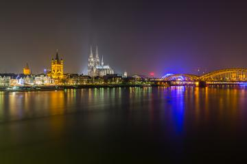 Cologne Cathedral and Hohenzollern bridge at night - Stock Photo or Stock Video of rcfotostock | RC-Photo-Stock
