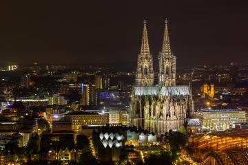 Cologne Cathedral at night in Cologne- Stock Photo or Stock Video of rcfotostock   RC-Photo-Stock