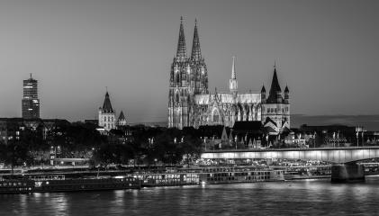 Cologne Cathedral at night in sw colors- Stock Photo or Stock Video of rcfotostock | RC-Photo-Stock