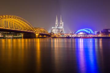 cologne cathedral at night on the Rhine river- Stock Photo or Stock Video of rcfotostock | RC-Photo-Stock