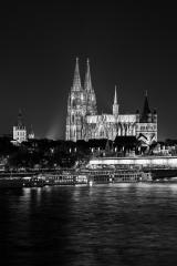 Cologne Cathedral (Dom) at night in black and white- Stock Photo or Stock Video of rcfotostock | RC-Photo-Stock