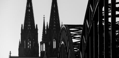 Cologne Cathedral silhouette in black and white colors- Stock Photo or Stock Video of rcfotostock | RC-Photo-Stock