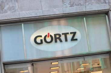 COLOGNE, GERMANY OCTOBER, 2017: Goertz Logo on a store. Goertz is a store for shoes, bags and accessories store with 288 branches in Europe and 3,800 employees.- Stock Photo or Stock Video of rcfotostock | RC-Photo-Stock