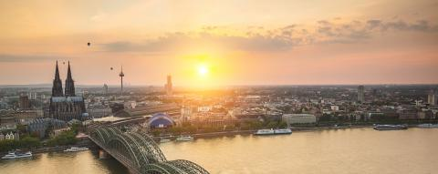Cologne skyline at sunset with hot air balloons- Stock Photo or Stock Video of rcfotostock | RC-Photo-Stock