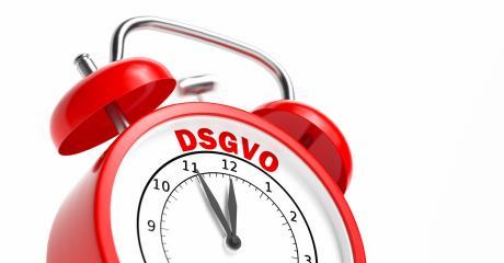 Datenschutz-Grundverordnung (DSGVO) Konzept 5 vor 12 Konzept mit rotem Wecker- Stock Photo or Stock Video of rcfotostock   RC-Photo-Stock
