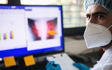 doctor with x-ray picture of pneumonia of Covid-19 patient in clinic during coronavirus crisis : Stock Photo or Stock Video Download rcfotostock photos, images and assets rcfotostock | RC-Photo-Stock.: