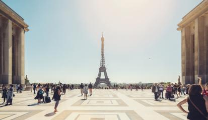 Eiffel tower seen from Trocadero square with crowd of people- Stock Photo or Stock Video of rcfotostock | RC-Photo-Stock