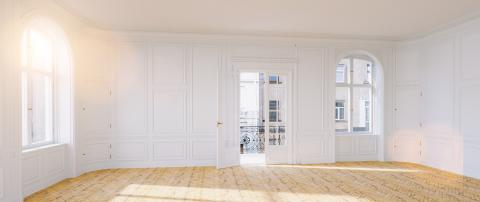 Elegant empty room in old building with double doors to the balcony in berlin- Stock Photo or Stock Video of rcfotostock | RC-Photo-Stock