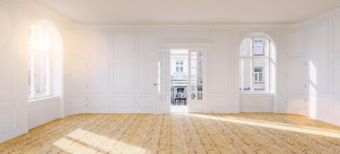 Elegant hall with stucco in old building with balcony and double door in paris : Stock Photo or Stock Video Download rcfotostock photos, images and assets rcfotostock | RC-Photo-Stock.: