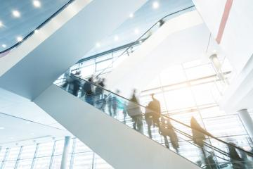 Exhibition escalators with blurred business people- Stock Photo or Stock Video of rcfotostock | RC-Photo-Stock