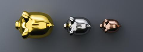 Golden, silver, copper piggy bank as row leader, investment and development concept- Stock Photo or Stock Video of rcfotostock | RC-Photo-Stock