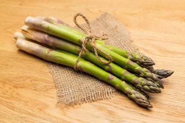 green asparagus spears bundle- Stock Photo or Stock Video of rcfotostock | RC-Photo-Stock