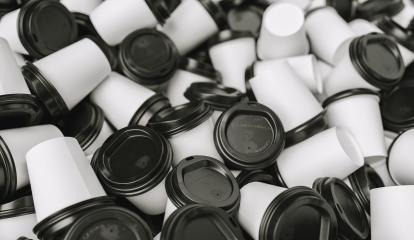 Heap of many empty white to go coffee cups- Stock Photo or Stock Video of rcfotostock | RC-Photo-Stock