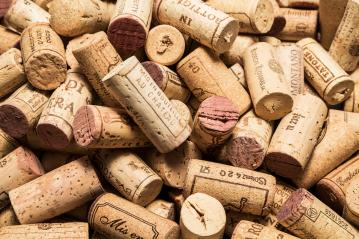 heap of old wine corks- Stock Photo or Stock Video of rcfotostock | RC-Photo-Stock