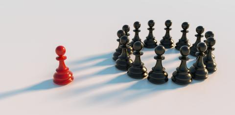 Leadership concept, red pawn of chess, standing out from the crowd in a circle- Stock Photo or Stock Video of rcfotostock | RC-Photo-Stock