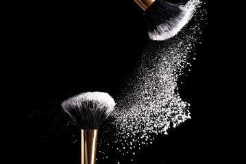 makeup brush non porridge : Stock Photo or Stock Video Download rcfotostock photos, images and assets rcfotostock | RC-Photo-Stock.: