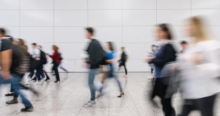 Many anonymous blurred people go to trade fair or congress- Stock Photo or Stock Video of rcfotostock | RC-Photo-Stock