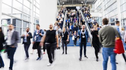 Many people and people on escalator at a business trade fair- Stock Photo or Stock Video of rcfotostock | RC-Photo-Stock