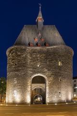 marchgate monument at night in aachen- Stock Photo or Stock Video of rcfotostock | RC-Photo-Stock