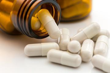 Medical vitamin pill bottle - Stock Photo or Stock Video of rcfotostock | RC-Photo-Stock