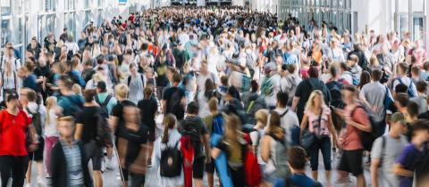 Menschenmenge mit vielen anonymen Leuten auf Messe- Stock Photo or Stock Video of rcfotostock | RC-Photo-Stock