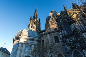 Morning light on the cathedral in Aachen- Stock Photo or Stock Video of rcfotostock | RC-Photo-Stock