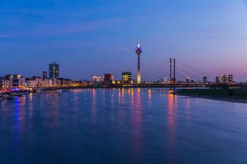 Night view of Dusseldorf : Stock Photo or Stock Video Download rcfotostock photos, images and assets rcfotostock | RC-Photo-Stock.: