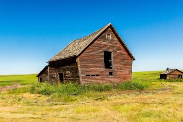 old haunted farm house in alberta canada- Stock Photo or Stock Video of rcfotostock | RC-Photo-Stock