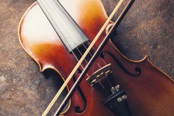 old Violin with bow- Stock Photo or Stock Video of rcfotostock | RC-Photo-Stock