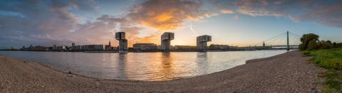 Panorma of Cologne at Sunset- Stock Photo or Stock Video of rcfotostock | RC-Photo-Stock