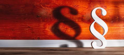 Paragraph smybol against a red wall - Stock Photo or Stock Video of rcfotostock | RC-Photo-Stock