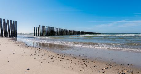 path between Wooden Groyne on the Beach- Stock Photo or Stock Video of rcfotostock | RC-Photo-Stock