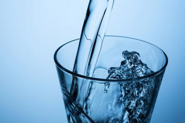 pouring splashing water in a glass- Stock Photo or Stock Video of rcfotostock | RC-Photo-Stock